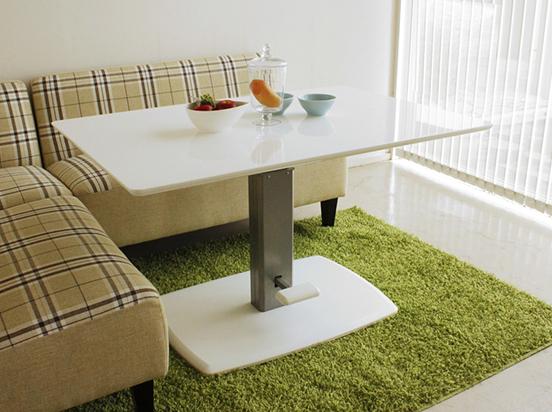 記事 昇降付きテーブルのアイキャッチ画像